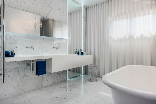 salle de bain en marbre silestone maroc. Black Bedroom Furniture Sets. Home Design Ideas
